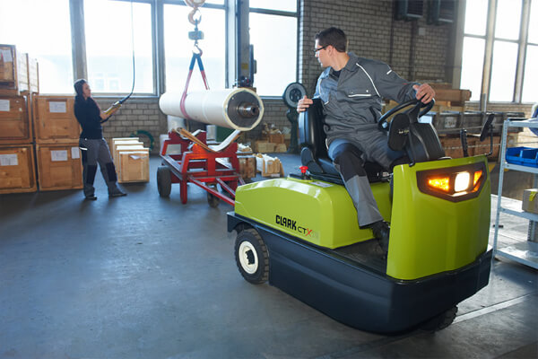 clark forklift dealer locator